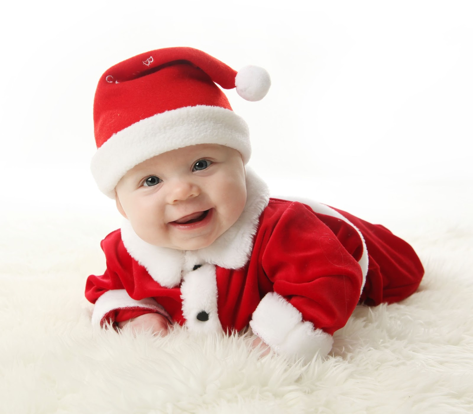 Best Profile Pictures: Cute Christmas Baby Pictures