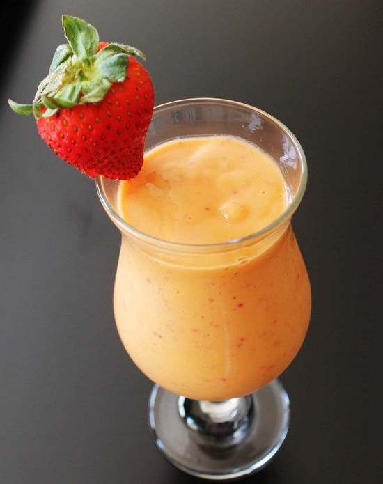 healthy breakfast smoothies for weight loss, mango smoothies surprise, chocolate raspberry smoothie