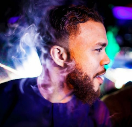 See What American-Nigerian Rapper Jidenna Was Caught Doing (Photos) 5