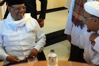 Imam Besar FPI Habib Rizieq Datangi Rumah Duka KH. Hasyim Muzadi