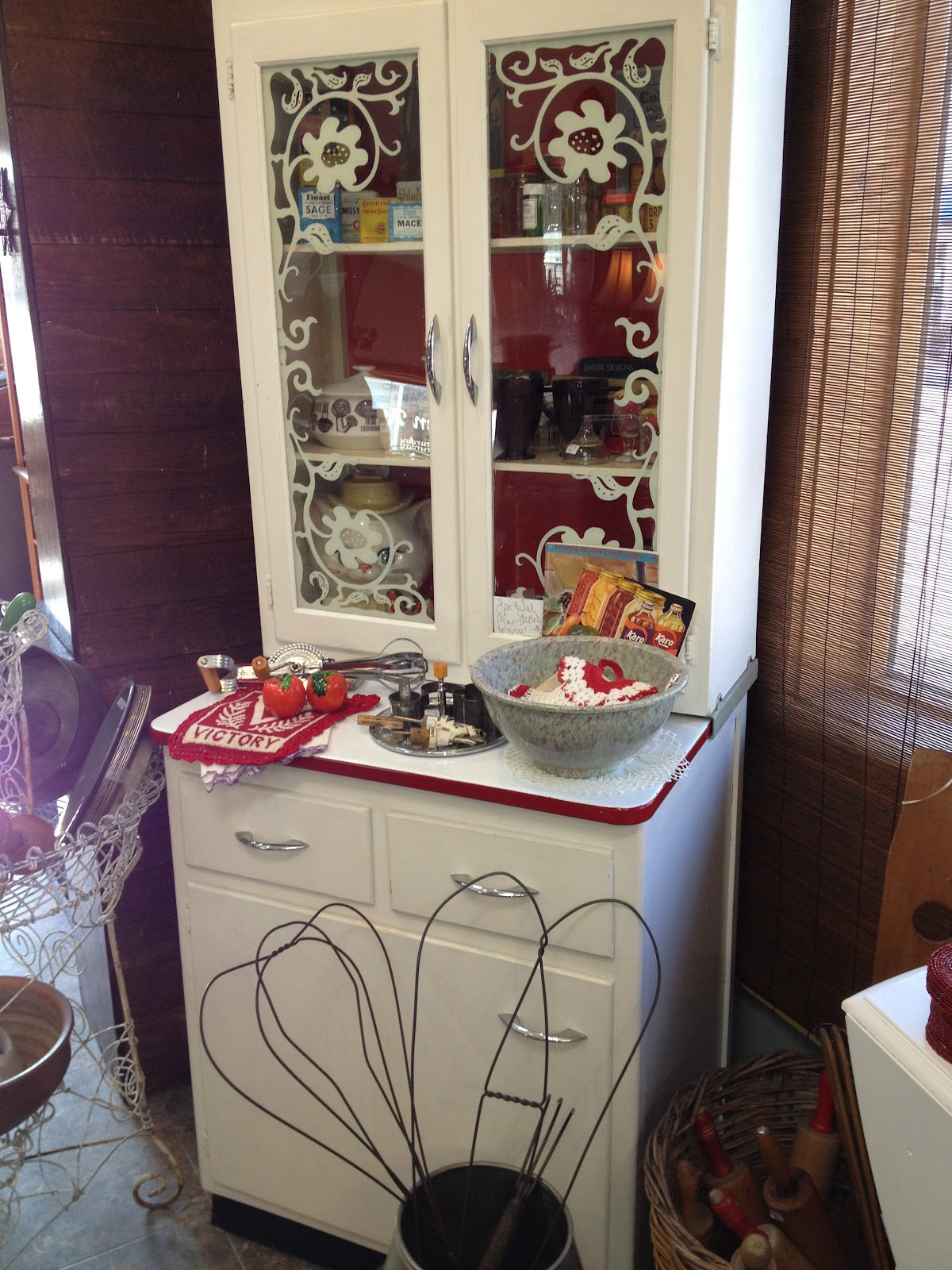 Where Is The Best Place To Mom S Antiques And Collectibles Online