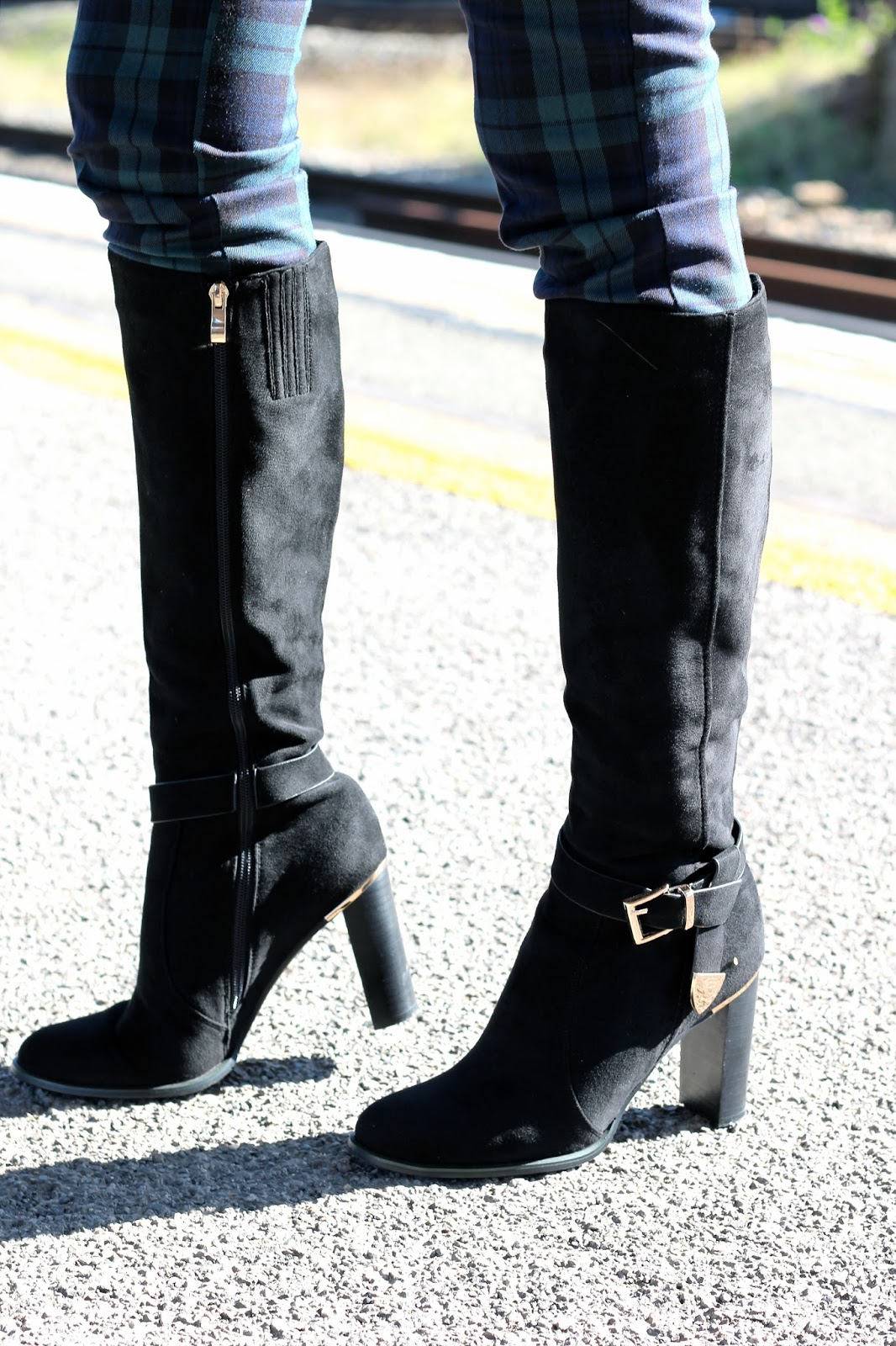 High heel knee high suede boots UK
