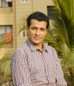 Biodata Chetan Pandit (Pemeran Suraj Pratap Sindhia) – ayahnya Yash