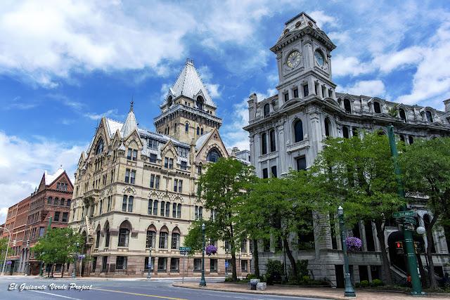 Syracuse Savings Bank y Gridley Building - Syracuse, NY por El Guisante Verde Project
