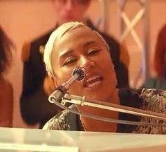 Emeli Sandé lança clipe de Highs and Lows