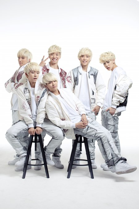 "[Interview] 'Alien warrior' B.A.P ""Blonde, it doesn't suit…"" 