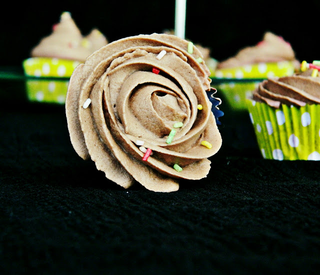 carrot-chocolate-cupcakes, cupcakes-de-zanahoria-y-chocolate
