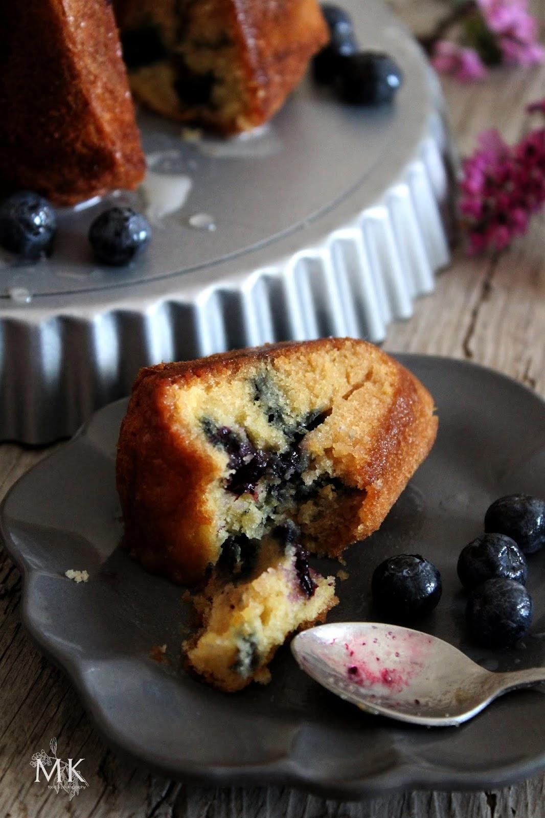 bundt-cake-arandanos-flor-sauco