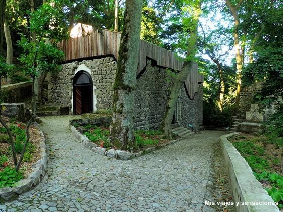 Iglesia de San Pedro de Canaferrim, Castelo dos Mouros, Sintra, Portugal