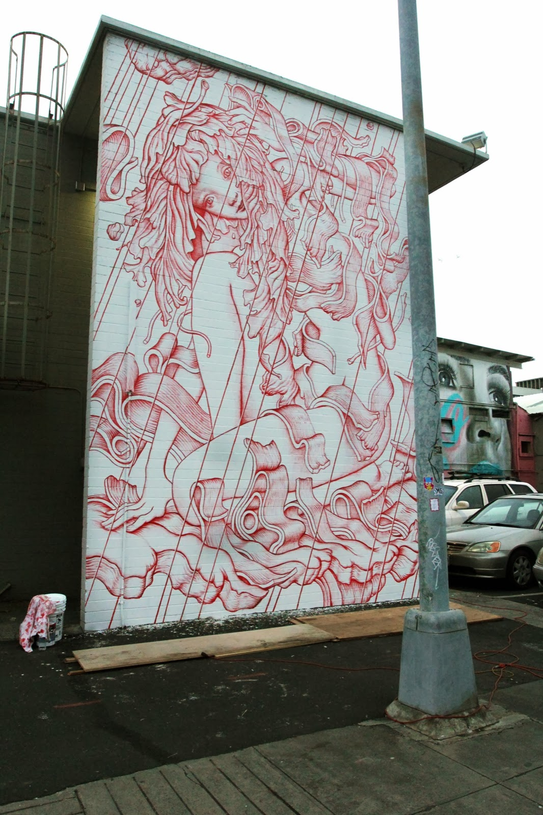 After 4 days of work, James Jean just completed this beautiful new piece for the POW! WOW! Hawaii 2014 Festival in Honolulu. 1
