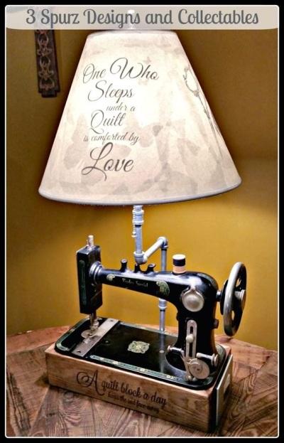 Lampu meja dari mesin jahit jadul