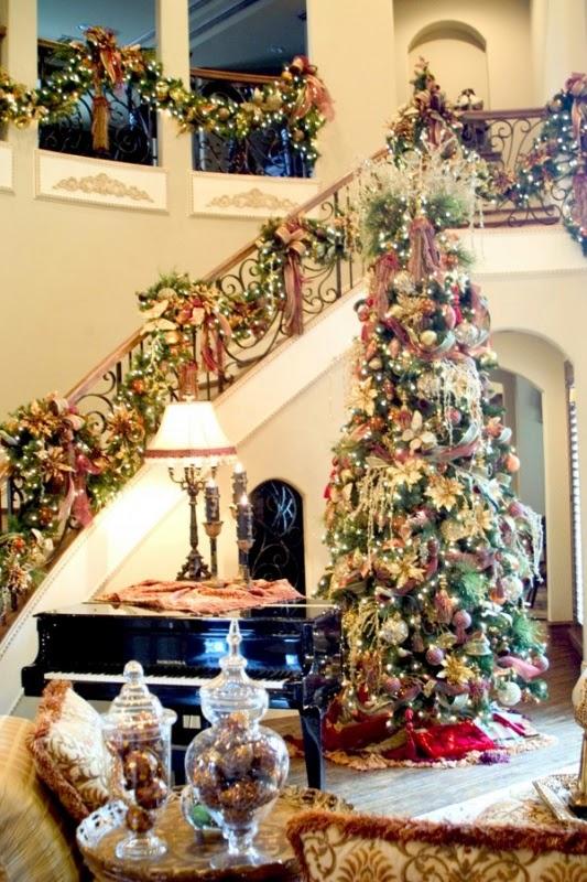 sala decorada por Navidad
