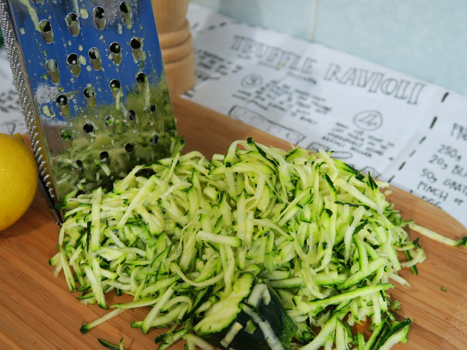 Spaghetti with zucchini, chilli flakes and lemon juice | salt sugar and i