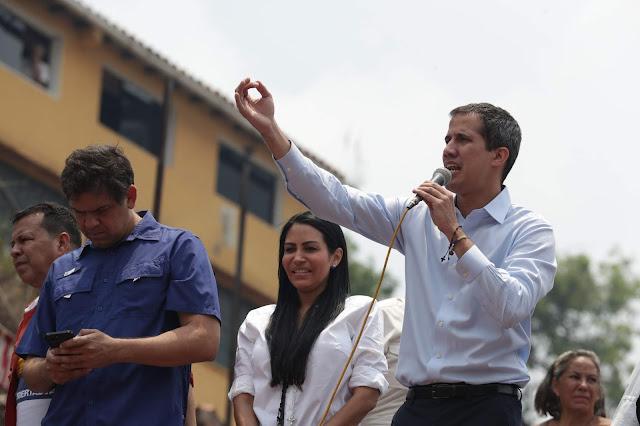 Guaidó dice que quiere intervención internacional pero en cooperación