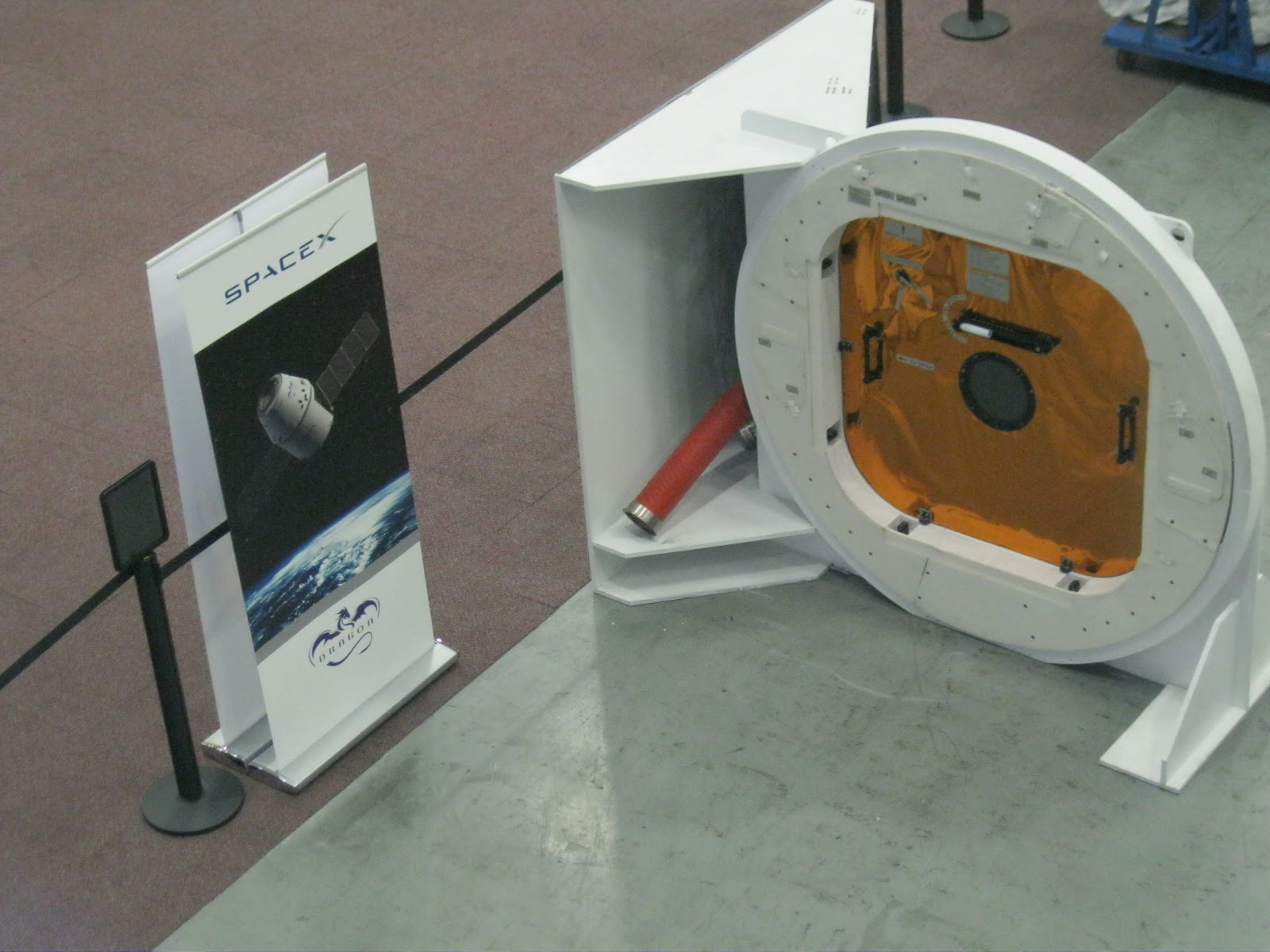 space x hatch door