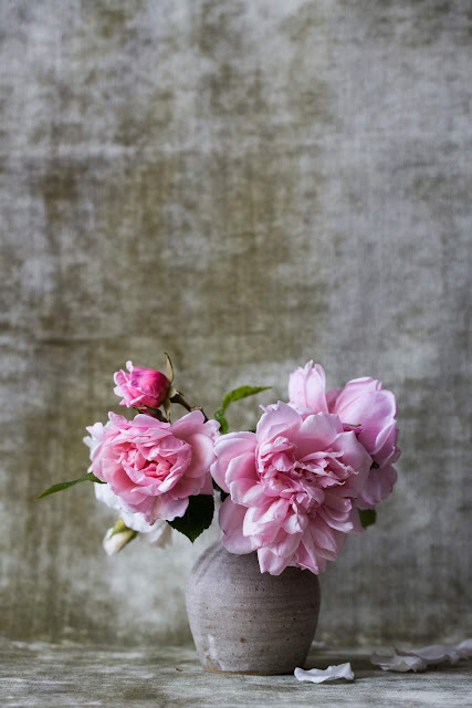 Pink-Peonies-Gray-Vase-Photo-by-Alexandra-Seinet-via-Unsplash.com