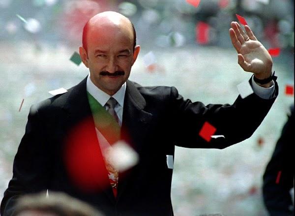 Mas 950 mil firmas  piden que Carlos Salinas de Gortari termine en prisión. ¿Estas de acuerdo?