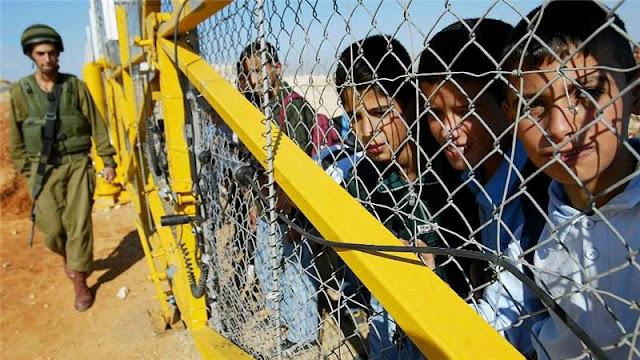 https://4.bp.blogspot.com/-JROlH9eEvyk/V9M9eqpahsI/AAAAAAAAI_Q/1U5z5-ZZ7uYOcZKUCmQk6q9tzOE885epgCLcB/s1600/anak-anak-palestina.jpg