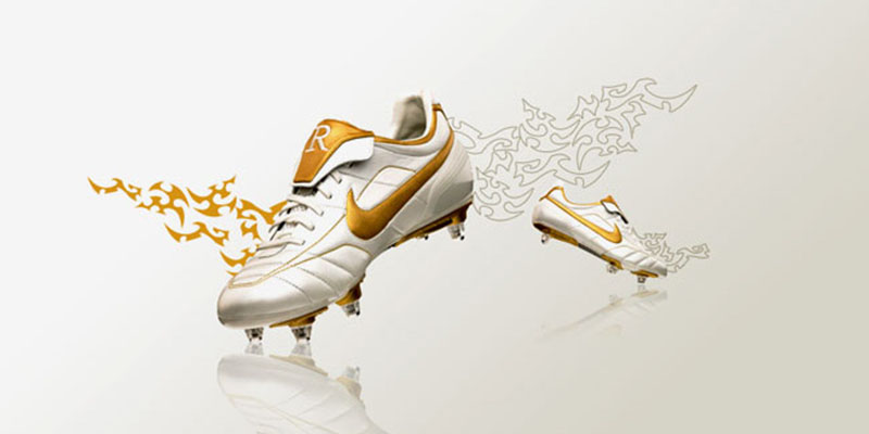 ... Nike Tiempo Legend V Ronaldinho Boots have been leaked. Former PSG,  Barcelona and Milan star Ronaldinho Gaúcho, who won the Ballon d'Or in  2005, ...