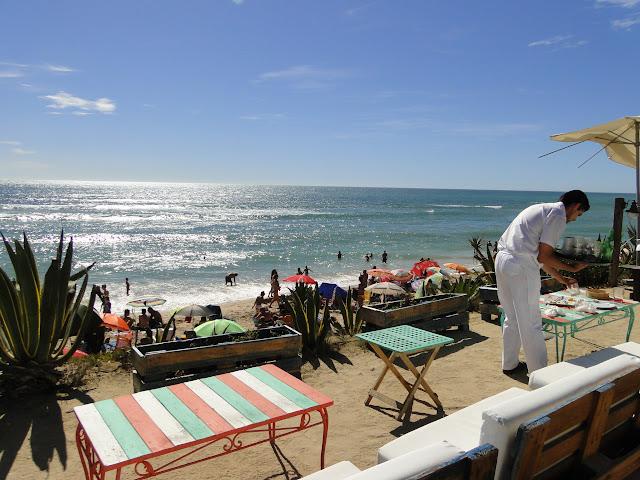 Vistas de la playa de Zahora desde el chiringuito