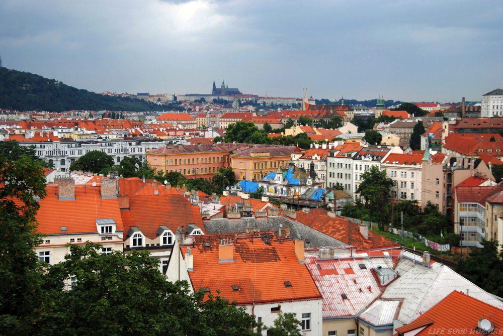 O przeprowadzce do Pragi i wynajmowaniu mieszkania po czesku.