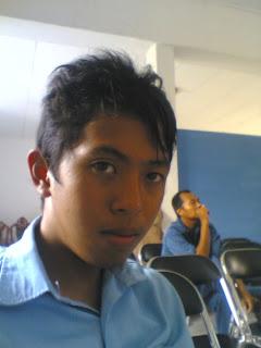"""Adrimullah, Juara 2 lomba karya ilmiah digelar Dinas Pendidikan Kukar Tahun 2008 dengan karya berjudul """"Pesona Eksotik Museum Mulawarman"""""""