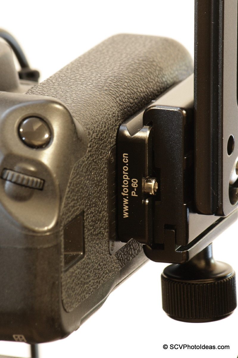 Camera bottom, base plate and nodal rail clamp closeup