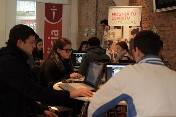 El informatorio banco galicia busc talentos para sumar for Banco galicia busca cajeros