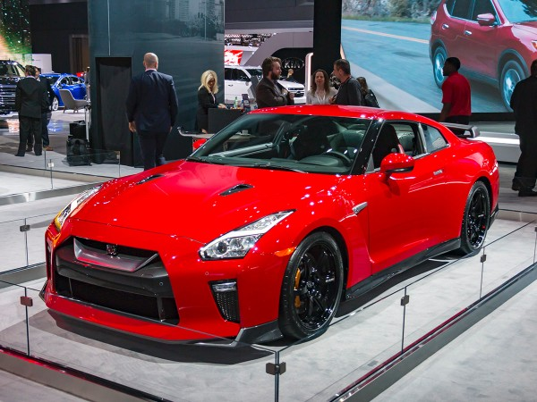 nissan gt r 2018 review  specs  price