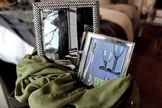 http://www.finolino.net/products/deco-twist-silver-frame-5x7