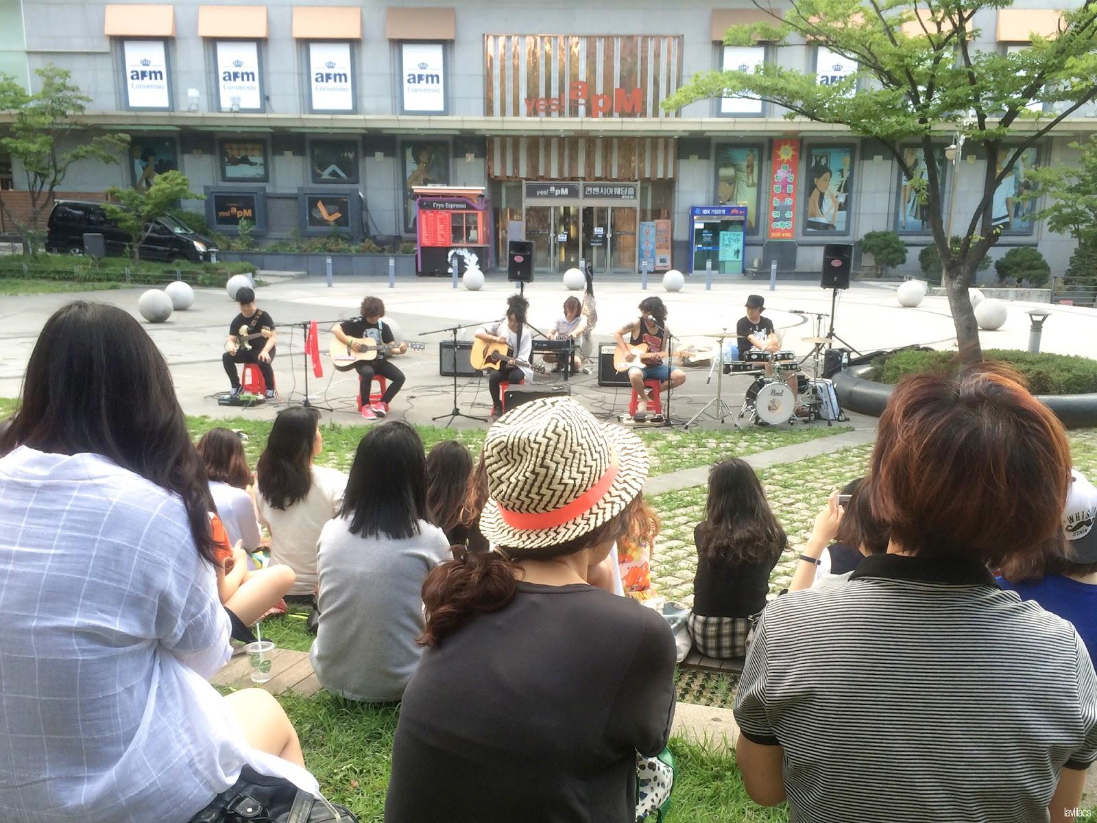 Seoul, Korea - Summer Study Abroad 2014 - Edae band performers