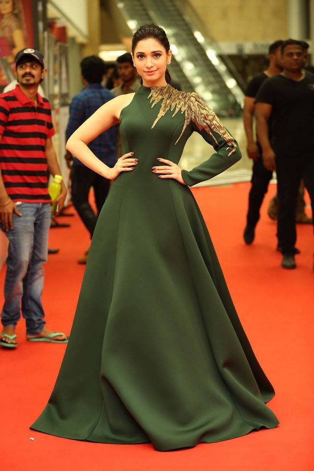 Tamanna Photos In Green Dress At Cinemaa Awards