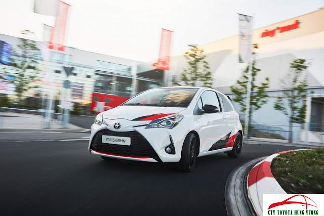 Giá bán, thông số kỹ thuật và đánh giá chi tiết Toyota Yaris 2018 - ảnh 1