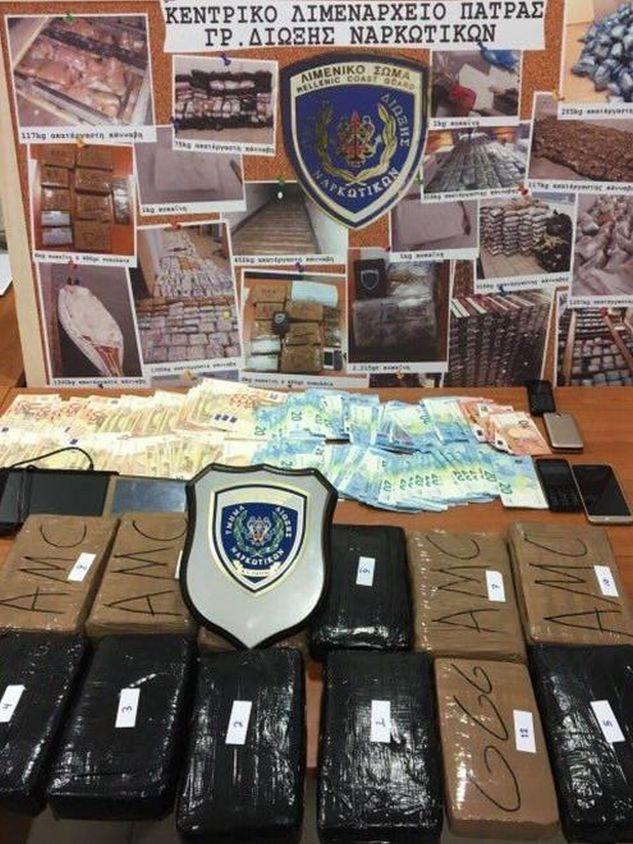 Πάτρα: Μεγάλη επιτυχία του Λιμενικού – Έφεραν από την Ιταλία πάνω από 14 κιλά κοκαΐνη – Είχαν κρύψει τις συσκευασίες μέσα στην ταπετσαρία του φορτηγού! (