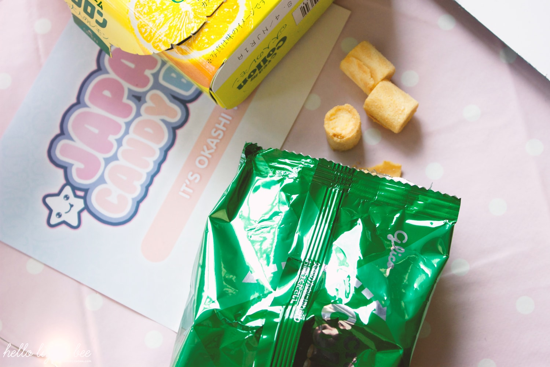 Glico Collon Cream Lemon Biscuit Rolls