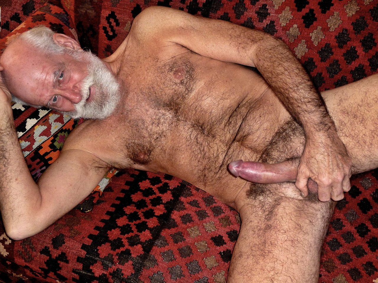 Old hairy men fucking