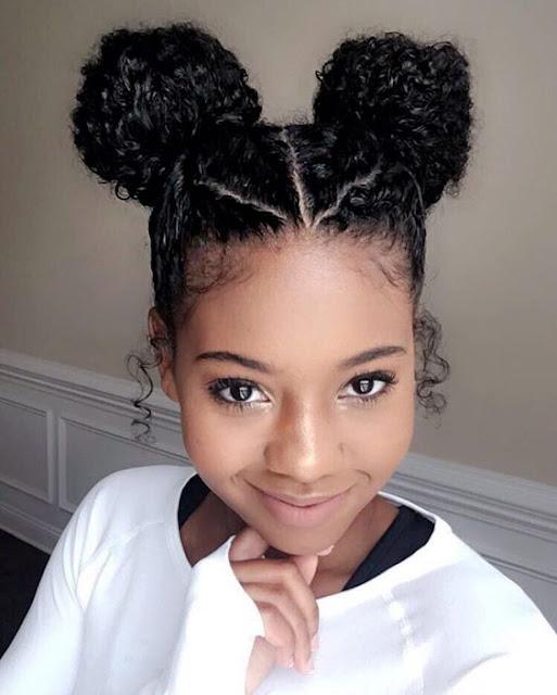Quem tem cabelo cacheado ou está passando por transição capilar, sempre se pergunta como pode usar o cabelo cacheado e sempre tem dúvidas. Então separei um post com 5 opções incríveis para você usar o seu cabelo de formas diferentes.