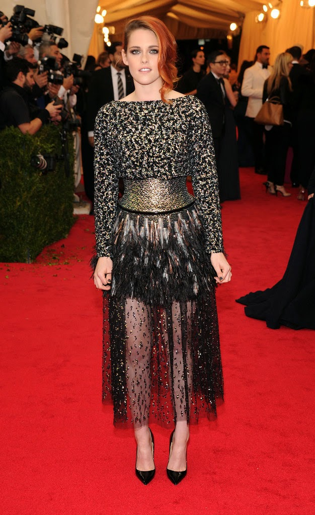 MET Gala 2014, Met Gala, Charles James, New Fashion, Latest Trends, Latest Fashion, Beyond Fashion, Fashion, Designers, Designer Clothes, Kristen Stewart, Chanel, Couture, Fashion Blogger of Pakistan, Fashion online, Dress, Clothing