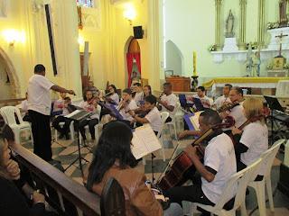 Concerto da Orquestra Tocando a Vida marca a edição de maio do Música na Matriz de Teresópolis