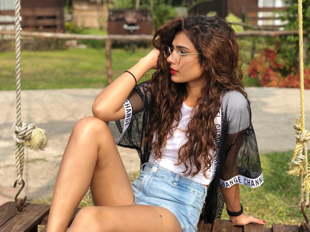 Aakanksha Singh Images | Aakanksha Singh Photos