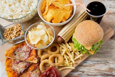 5 Makanan Pemicu Kolesterol Tinggi