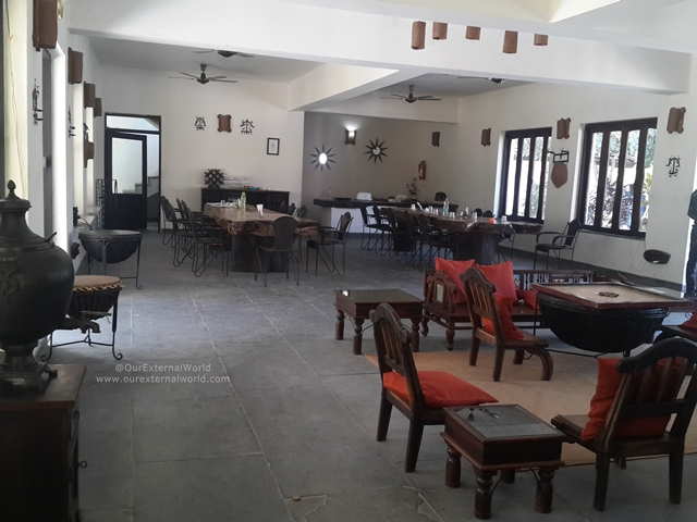 Roaring Salvan County Dining Hall