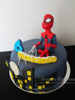 fondant sugar paste cake spiderman