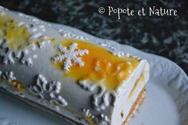 Bûche glacée aux fruits de la passion et à la banane © Popote et Nature