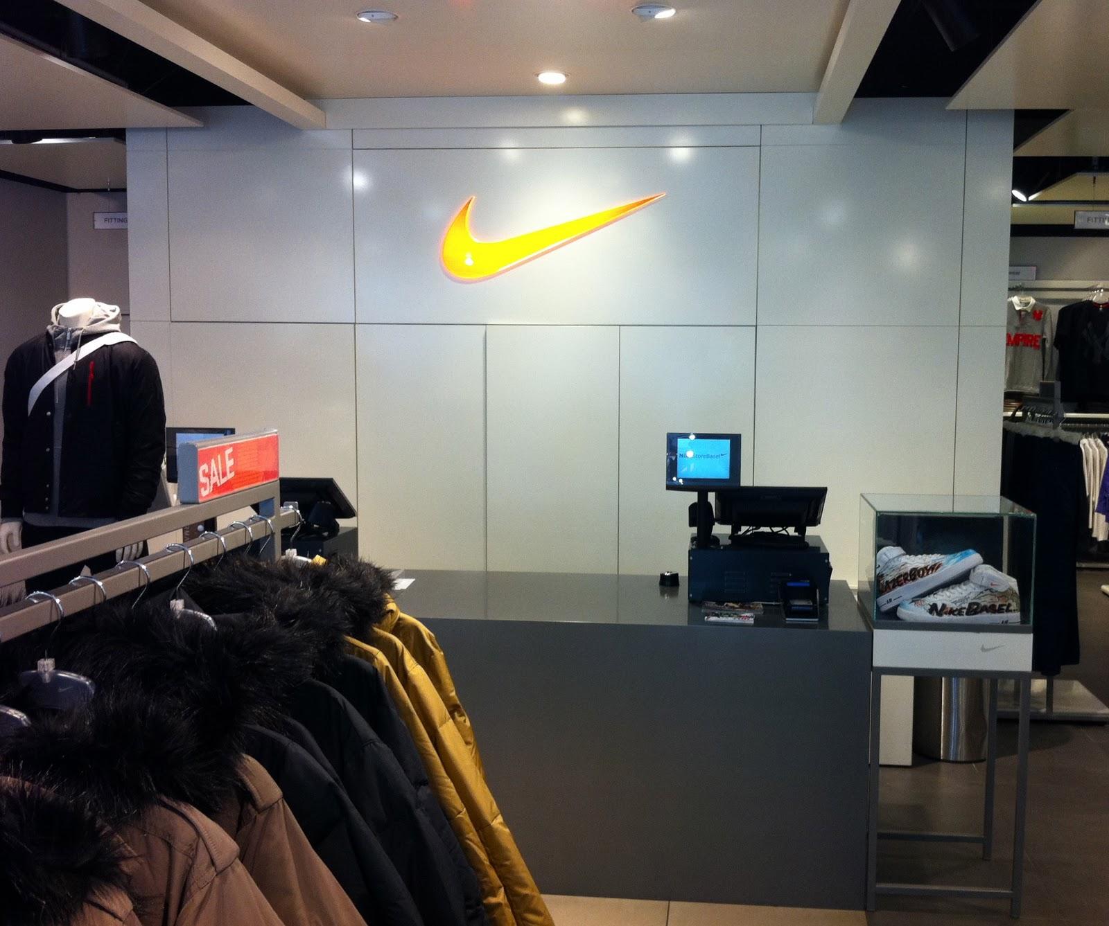Ejecutable enviar Tóxico  LAZERBOY: LAZERBOY x NIKE Store Basel
