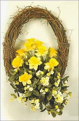 http://www.canadiancountrywoman.com/2014/03/elegant-easter-wreaths.html