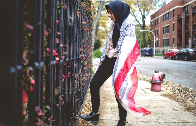 hand chain, chicago fashion, hijab fashion 2014, double scarves