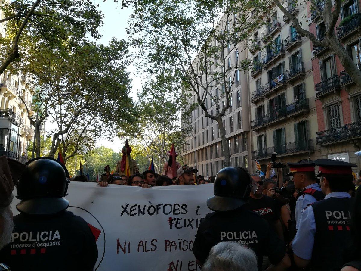 Resultado de imagen de enfrentamientos mic y antifascistas