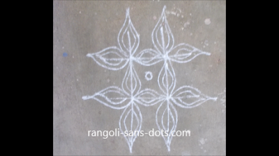 rangoli-at-entrance-11b.jpg