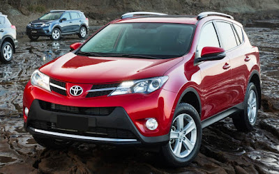 2017 Toyota RAV4 Hybrid off road HD Photos
